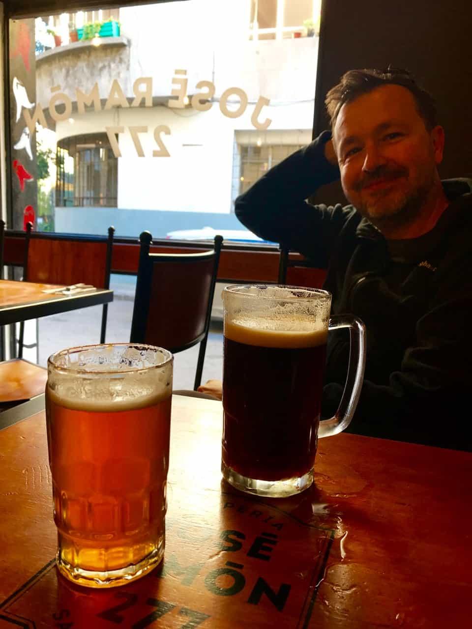 Things to do in Santiago - Drinking beer at José Ramón 277 in Santiago