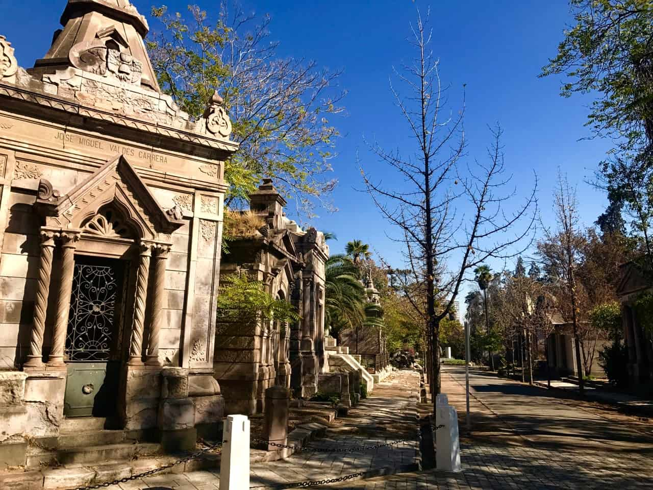 Things to do in Santiago - Sun bathed mausoleums at the General Cemetery in Santiago